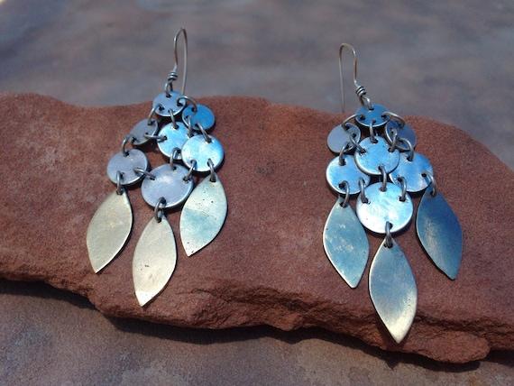 Silver Luna Azure Freshwater Pearls Retro Style Sterling Silver Embossing Earrings