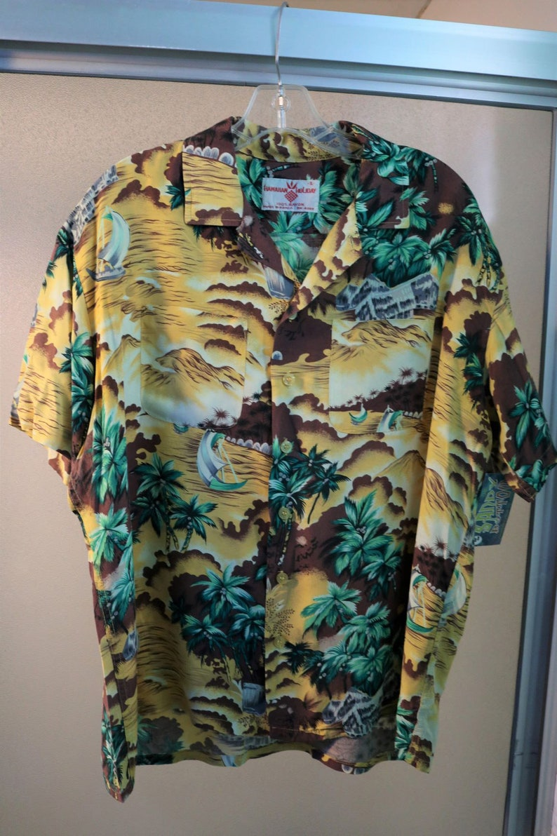 6dfdf72a Vintage 1960s 1950s Mens Rayon Hawaiian Holiday Shirt XL Dry | Etsy