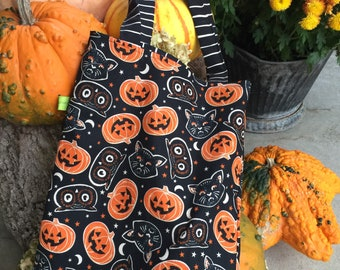 Halloween bag, trick or treat tote, cats and owls, children's tote, toddler tote bag, reversible bag, vintage Halloween print