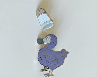Dodo Bird and the Thimble - Alice in Wonderland- Hard Enamel Pin and Removable Chains