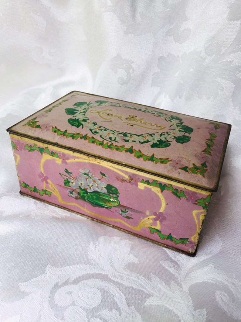 Louis Sherry Tin Pink Metal Box Candy Canco Jewelry Decorative Box Lavender Lilac Hinged Lid Rustic Gift Box Orchid Pink Floral Gilded Age