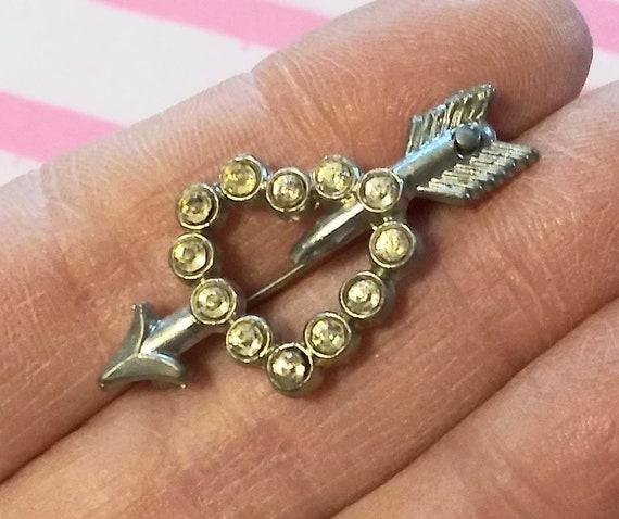 Small Multi Color Rhinestone Vintage Star Brooch Pin Mid Century 1960s Silver Tone