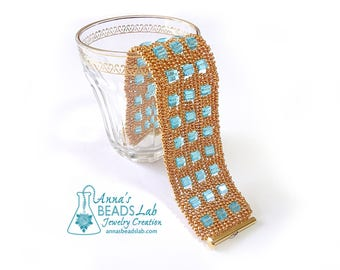 Golden skyscraper bracelet