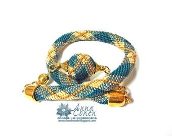 Argyle necklace