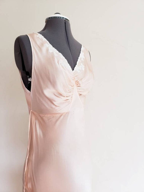 1930s Pink Silk Bias Cut Nightgown Negligee Night… - image 7