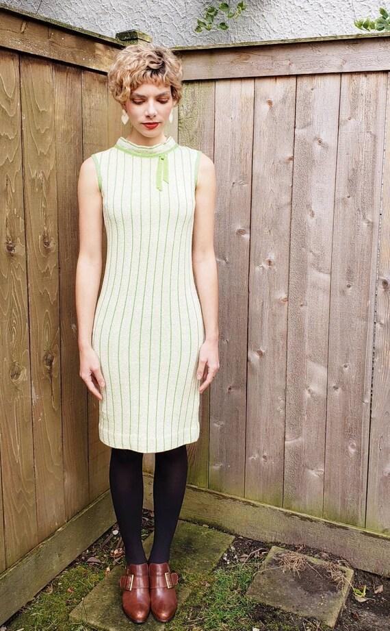 1960s Green Knit Mod Dress / 60s Sleeveless Shift… - image 3