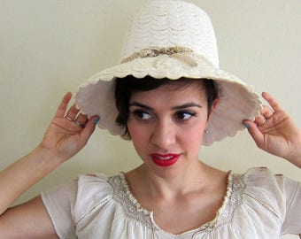 Vintage 1960s Summer Hat Ivory Silk in Crochet Trim Shabby Chic Cruise Resort / 60s Tall White Vacation Hat with Enamel Brooch