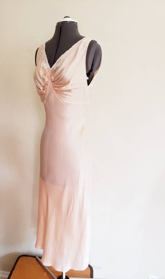 1930s Pink Silk Bias Cut Nightgown Negligee Night… - image 2