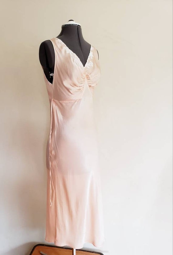 1930s Pink Silk Bias Cut Nightgown Negligee Night… - image 6