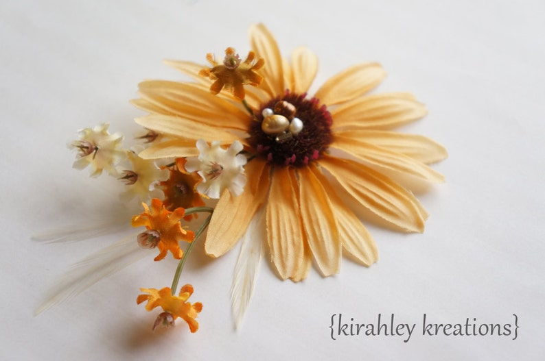 Rustic DAISY Flower Boho Bride Hair Clip SHIP READY Autumn Fall Wedding Bridal Hairpiece Blooms Headpiece Ivory Feathers Freshwater Pearl