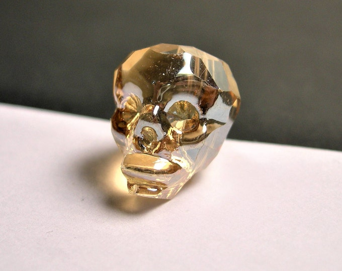 Crystal faceted skull - 1  pcs - 20mm - Golden topaz - SFB1
