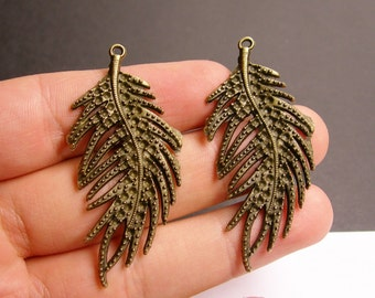 4 pcs antique bronze feather fern  charms - taxtured -  55mm - BAZ44