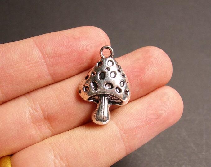 8 mushroom charms - 8 pcs - silver tone mushroom charms - ASA38