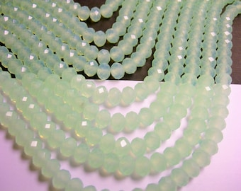 Crystal faceted rondelle - 72 pcs - 8 mm - A quality - full strand - light mint green - CRV31