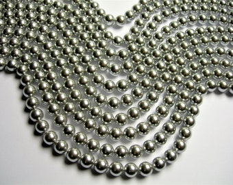 Pearl  - 8 mm round - silver Pearl - 1 full strand - 48 beads - SPT4 - Shell pearl