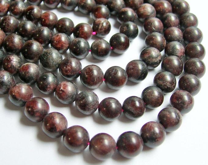 Garnet  - 8 mm round beads - matte - 1 full strand - 49 beads - matte garnet - RFG389
