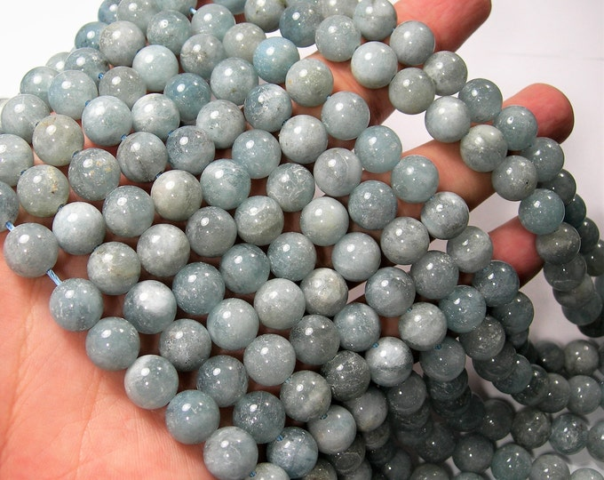 Aquamarine - 10mm round beads - Full strand - 49 beads - light tone - good value aquamarine - RFG1673