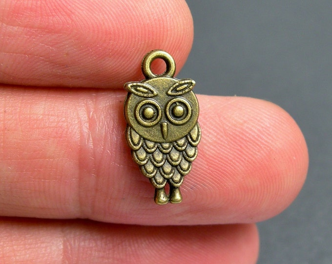 Owl charms - 24 pcs - antique bronze brass owl charms - 18mm -  BAZ118