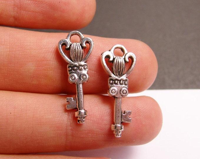 12 silver key charms - silver tone key charms  - 12 pcs -  ASA122