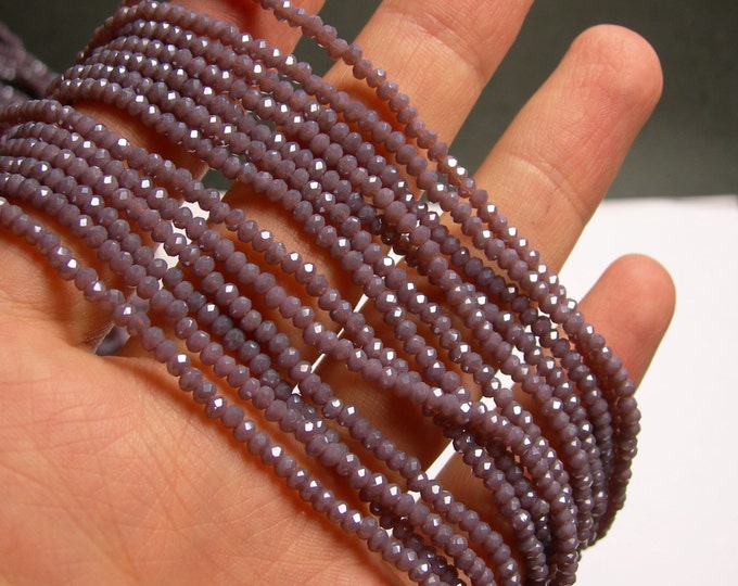 Crystal - rondelle  faceted 3mm x  2mm beads - 198 beads - AA quality - purple mauve   - CAA2G125