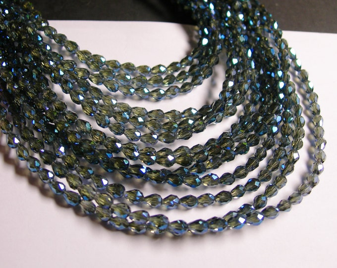 Faceted teardrop crystal beads - 100 pcs - 3mm x 5mm - sparkle mystic blue - CLGD11