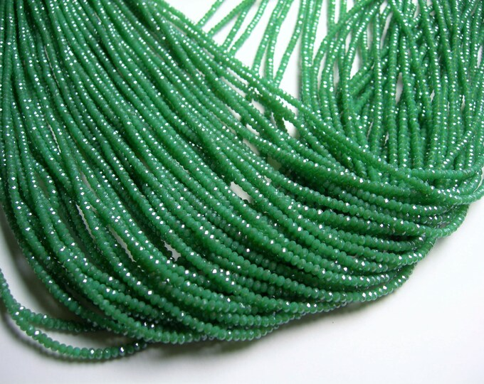 Crystal - rondelle  faceted 3mm x  2mm beads - 197 beads - AA quality - Green  - CAA2G141