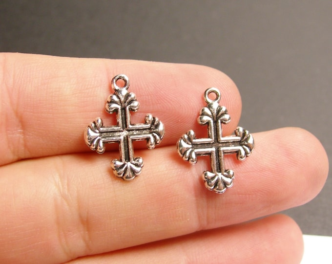 24 cross - antique silver tone cross charms  - 24 pcs -  ASA110