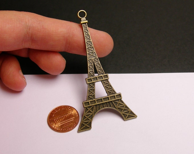 Eiffel Tower charms - 4 pcs - antique bronze - 69mm by 36mm - big eiffel tower charms - Baz 22