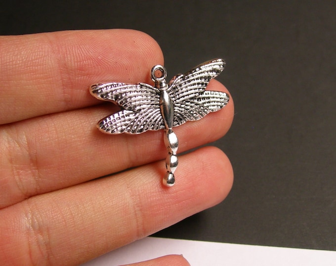 6 Dragonfly charms -  6 pcs - Tibetan silver tone charms - ASA63