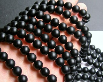 Black Onyx - matte -  10 mm (10.2mm) round beads -1 full strand - 39 beads - AA quality - RFG396