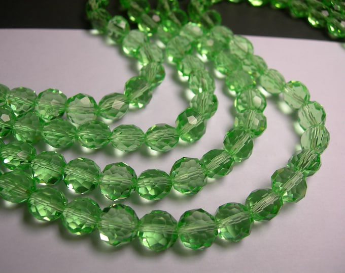 Crystal faceted oval round - 50pcs -  9 mm - AA quality - green  - 18 inch strand