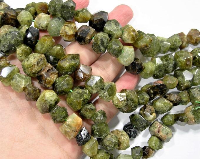 Grossular Garnet - faceted nugget  - 1 full strand - 32 beads  - Big cut nugget - RFG1829