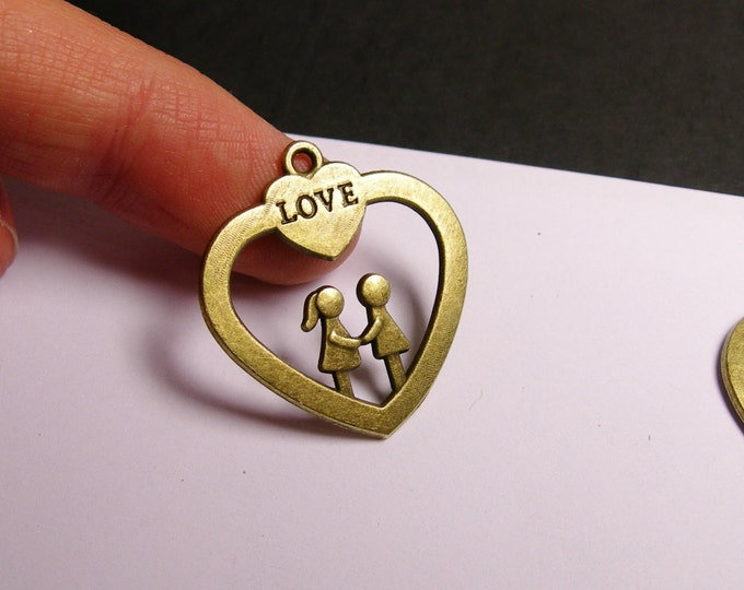 Love heart  charms - 6 pcs - brass color -  Hypoallergenic - Baz 3