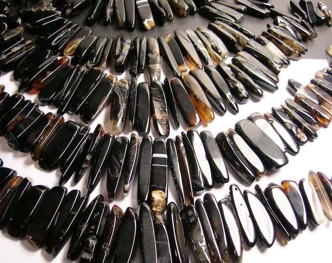 Agate sticks points - top drilled - 45 pcs mix size - full strand - AGS1