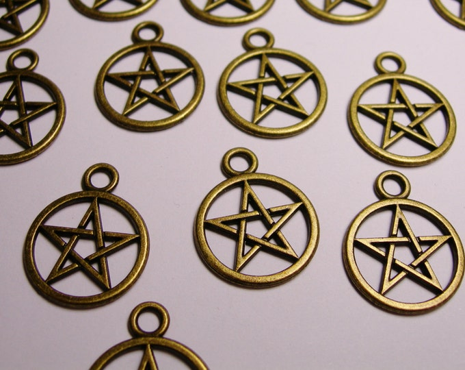 Pentacle Pentagram charms - 20 pcs - brass color -  Hypoallergenic - BAZ8