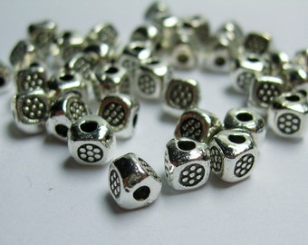 50 pcs silver tone 3 sided triangle beads - engraved triangle beads  -  ASA183