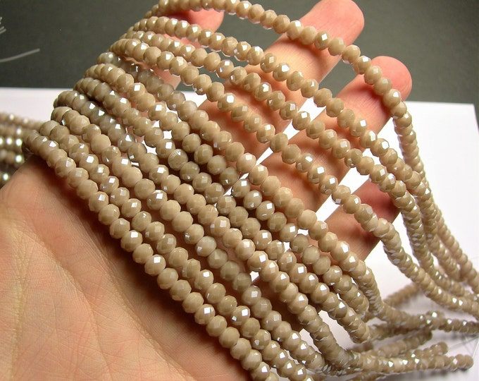 Crystal faceted rondelle - 97 pcs - 6 mm - AA quality - full strand - beige - GSH68