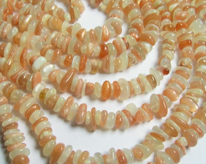 Mix Moonstone - pebble chip stone beads  - 16 inch - Peach moonstone - milky moonstone - PSC163