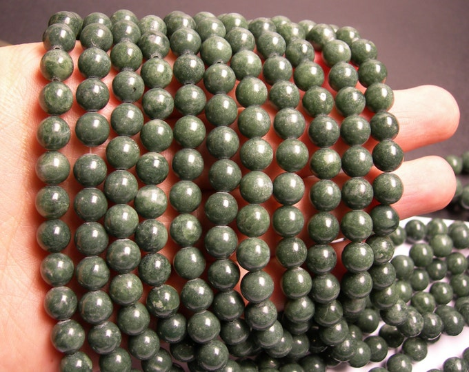 Jade -  8mm - round - 50  beads - full strand - RFG70
