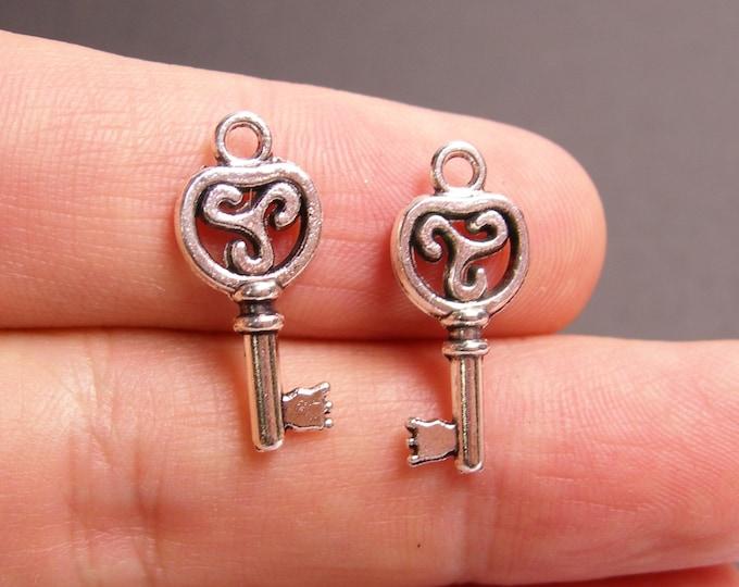 24 silver key charms - silver tone key charms  - 24 pcs -  ASA137