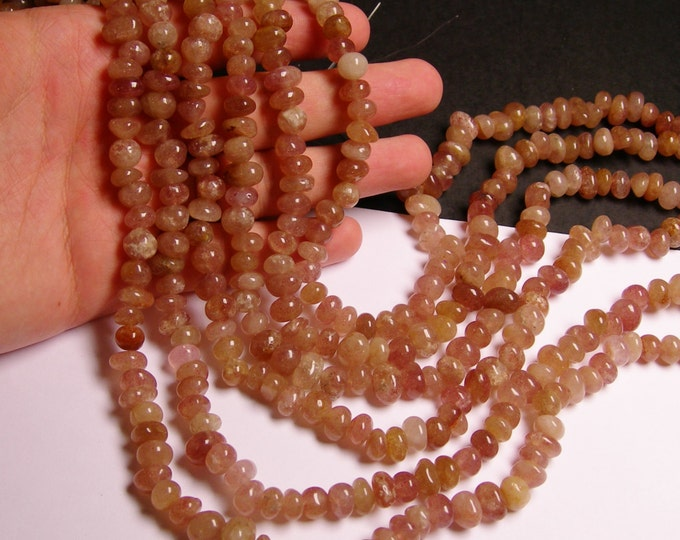 Strawberry quartz gemstone - bead - full strand - rounded nugget - Genuine Strawberry quartz - NRG92