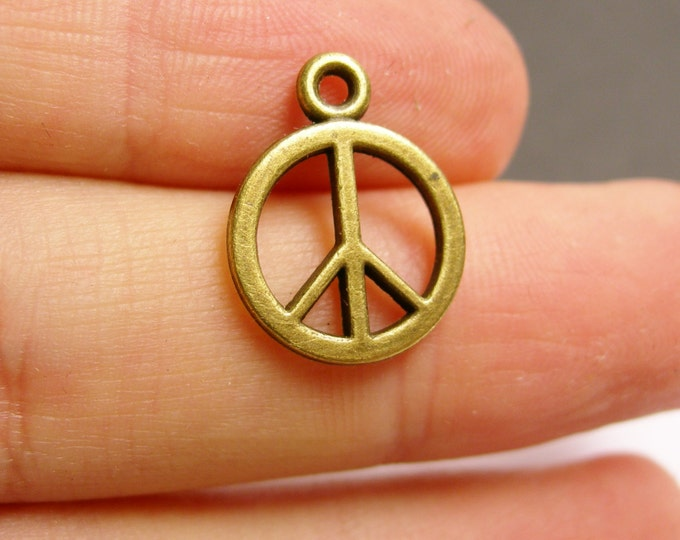 24 peace charms - 24 pcs  antique bronze brass peace charms - BAZ72