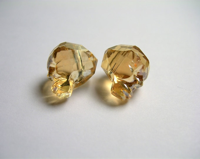 Crystal faceted skull - 2 pcs - 14mm - Golden topaz - SFB15