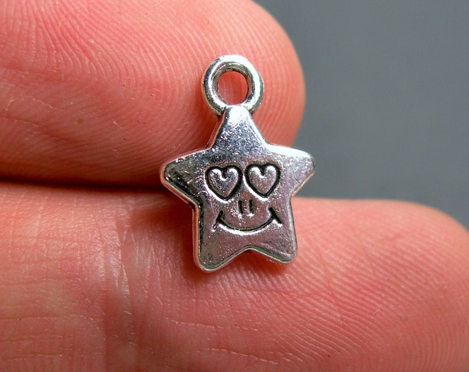 24 star charms - Silver tone happy face star charms - 24 pcs  - ASA166
