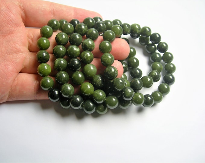 Jade - 10mm round beads - 19 beads - 1 set - A quality - HSG53