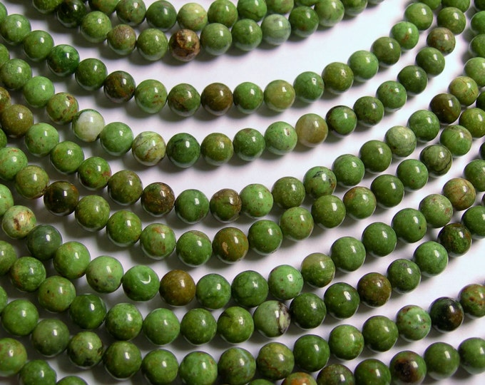 Green opal Chalcedony - 8mm round beads - full strand - 49 beads - RFG788