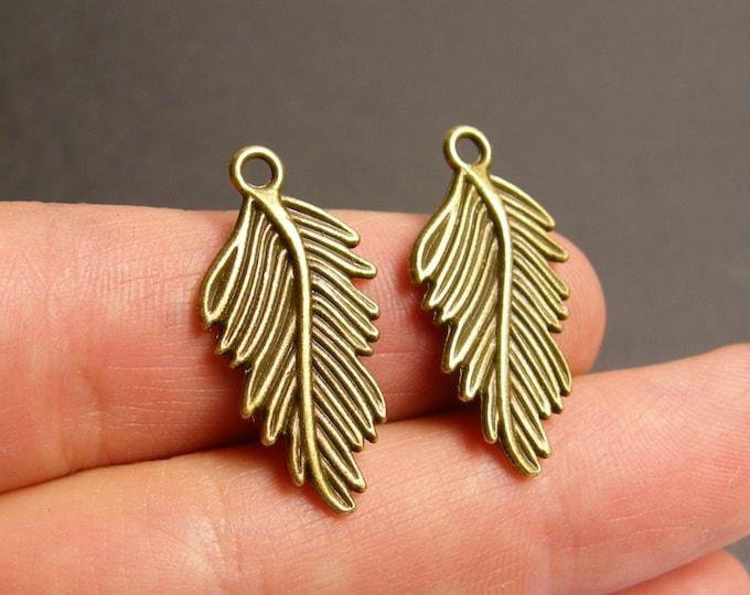 Leaf charms - 12 pcs - antique bronze leaf - brass fern leaf charms - BAZ54