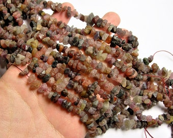 Spinel gemstone Raw nugget - full strand - Rough spinel  - PSC308