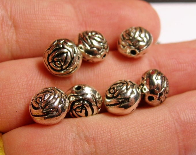 12 silver flower engraved beads -  12 pcs - flower silver tone beads - ASA42