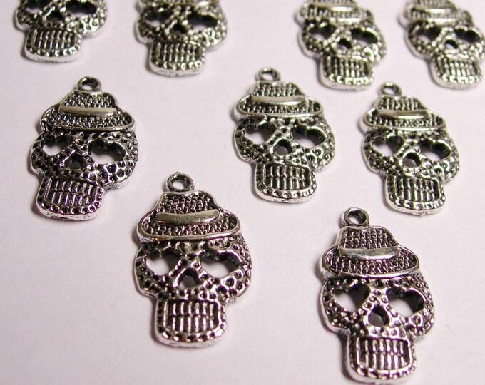 Skull Silver color charms hypoallergenic- 12 pcs - joker skull pendant charms - NAZ 35